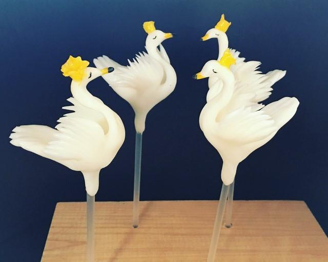 王冠の白鳥